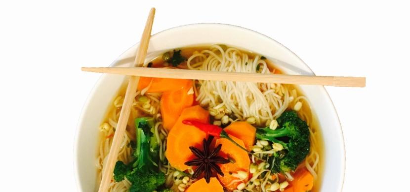 Vietnamská polévka Phở - vegan