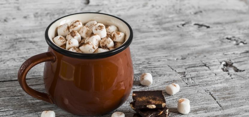 Horká čokoláda s marshmallow